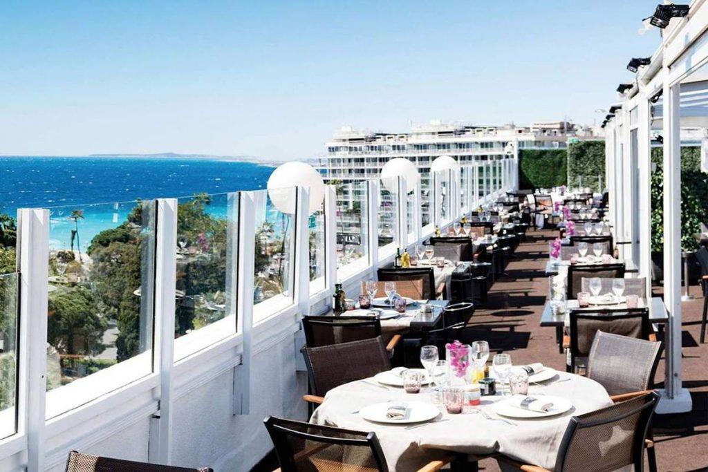 Le rooftop du restaurant La Terrasse du Plaza à Nice