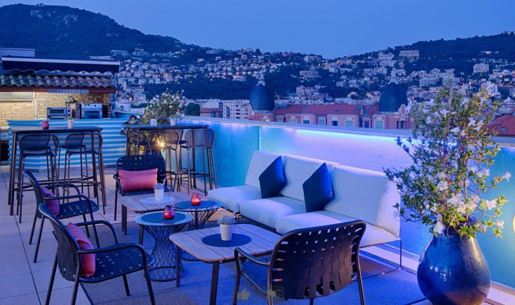Le rooftop du restaurant l'Oliveraie à Nice