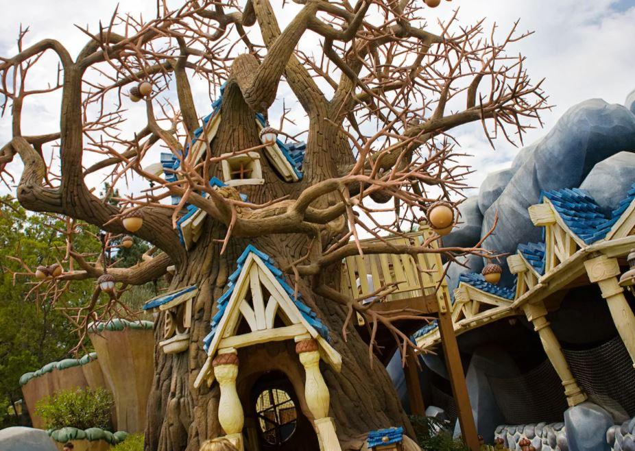 La Cabane perchée de Tic et Tac à Disneyland en Californie @disneyland.disney.go.com