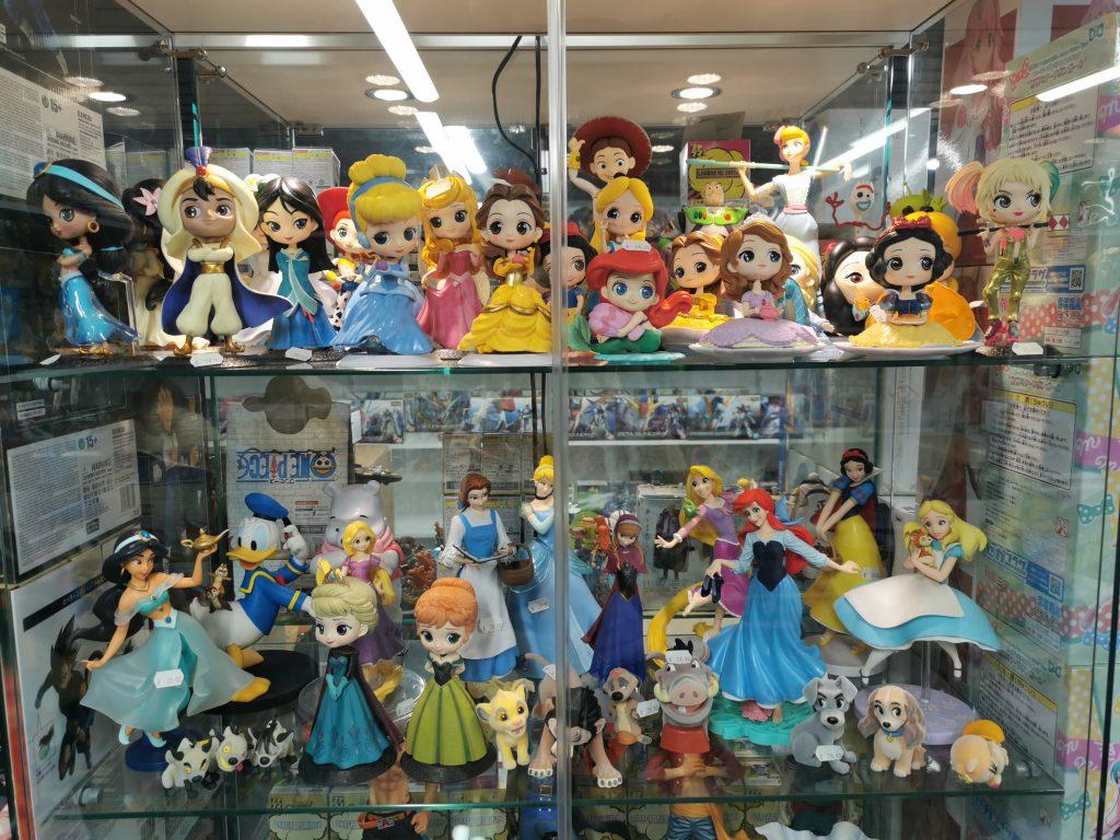 L'univers Disney avec un très large choix de figurines