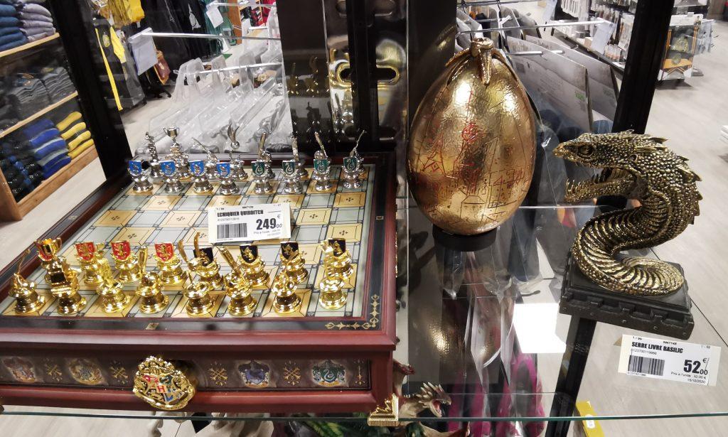 Objets collectors à la boutique le Repaire des Sorciers à Nice